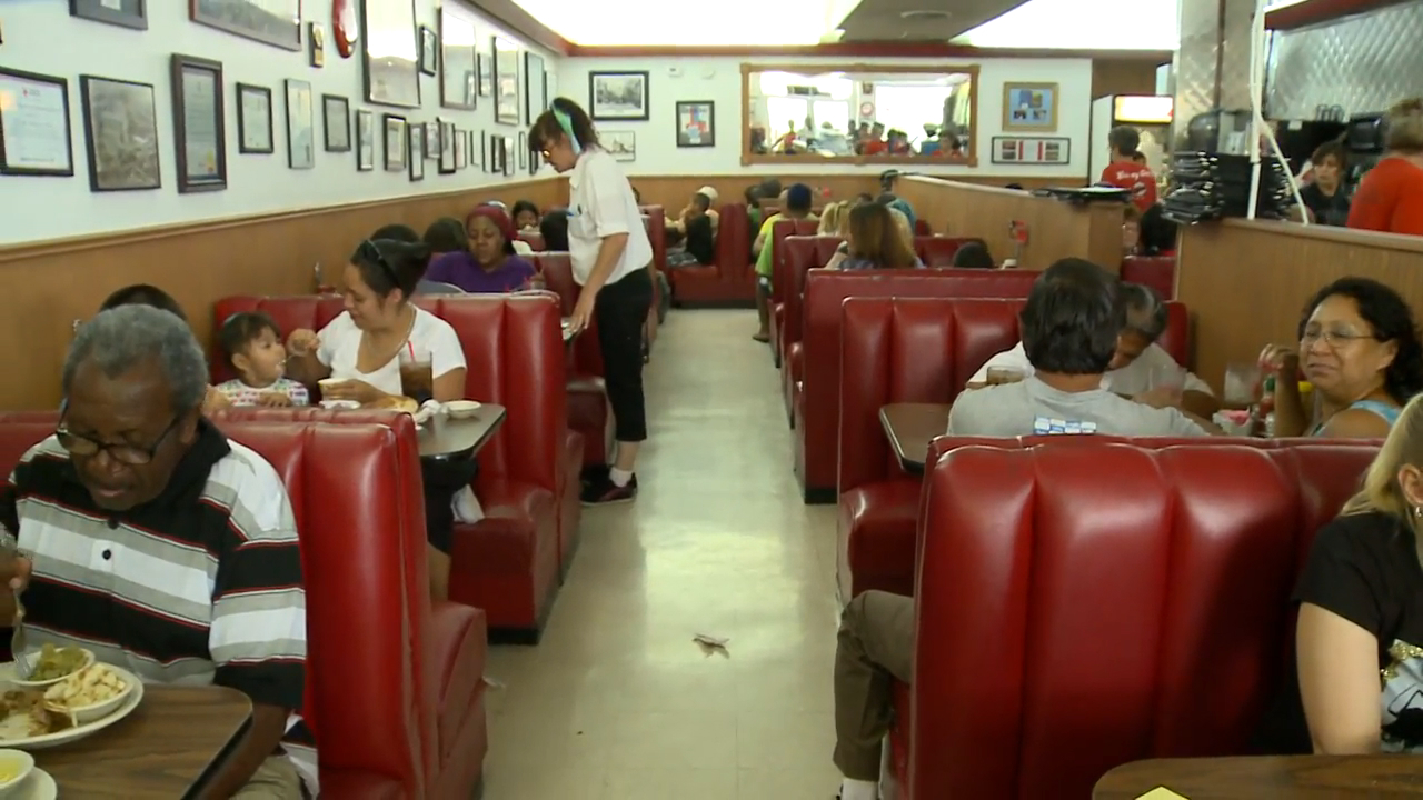Diner Celebrates Anniversary With 1956 Prices