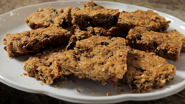 How to Make Healthy Gluten Free Breakfast Bars