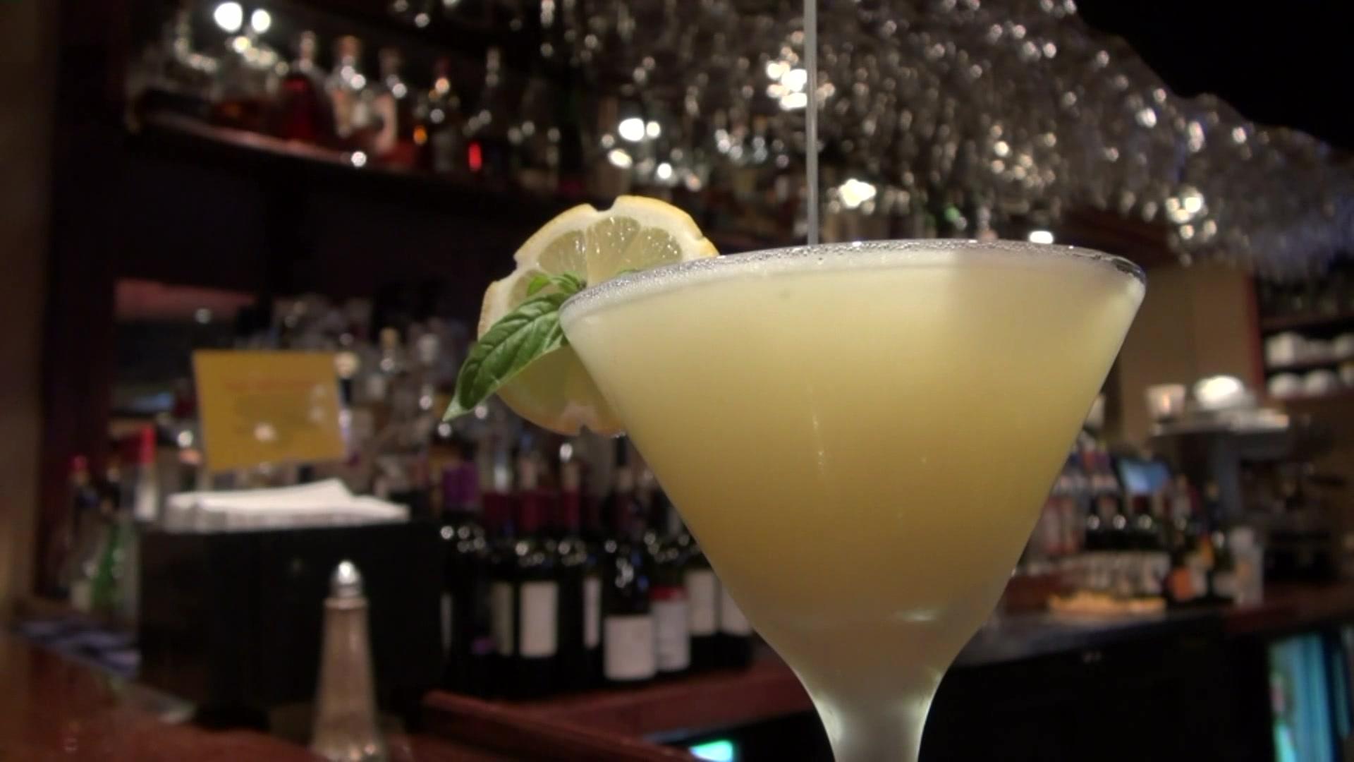How to Make a Lemon Basil Martini