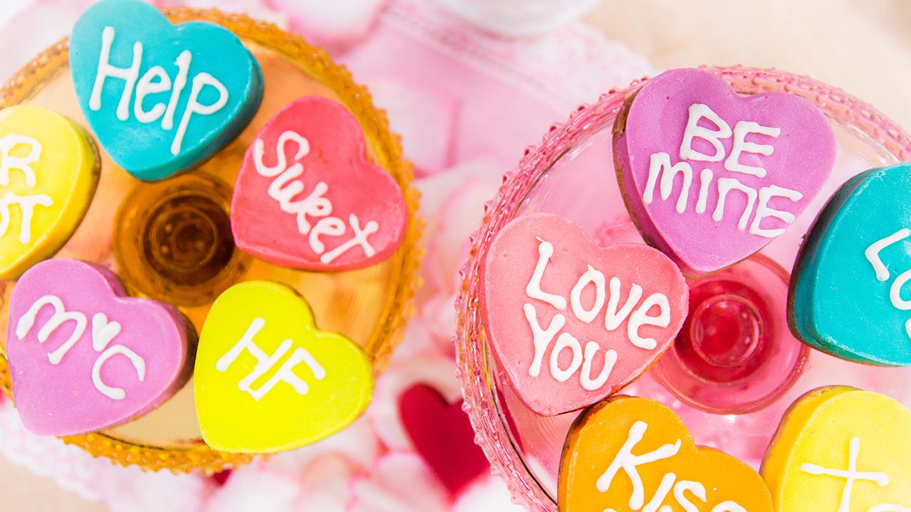 Jessie Jane's Personalized Valentine's Day Cheesecakes