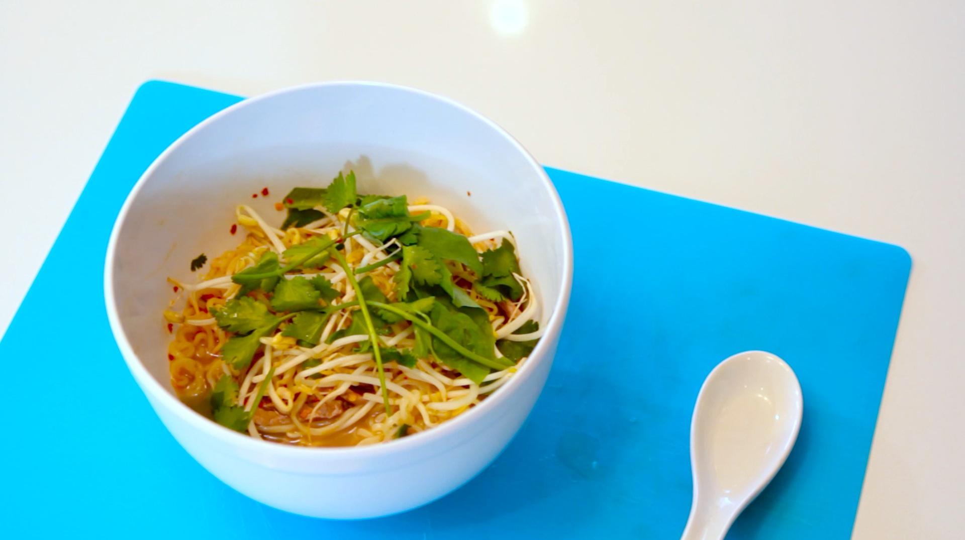 Make Pho Using Ramen Noodles