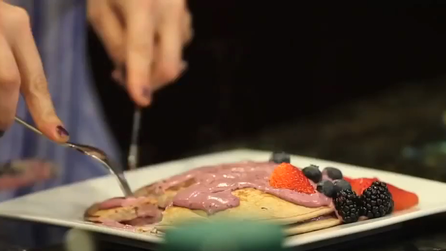 Clean Cooking W/ Jenni 'JWoww' | Protein Berry Pancakes