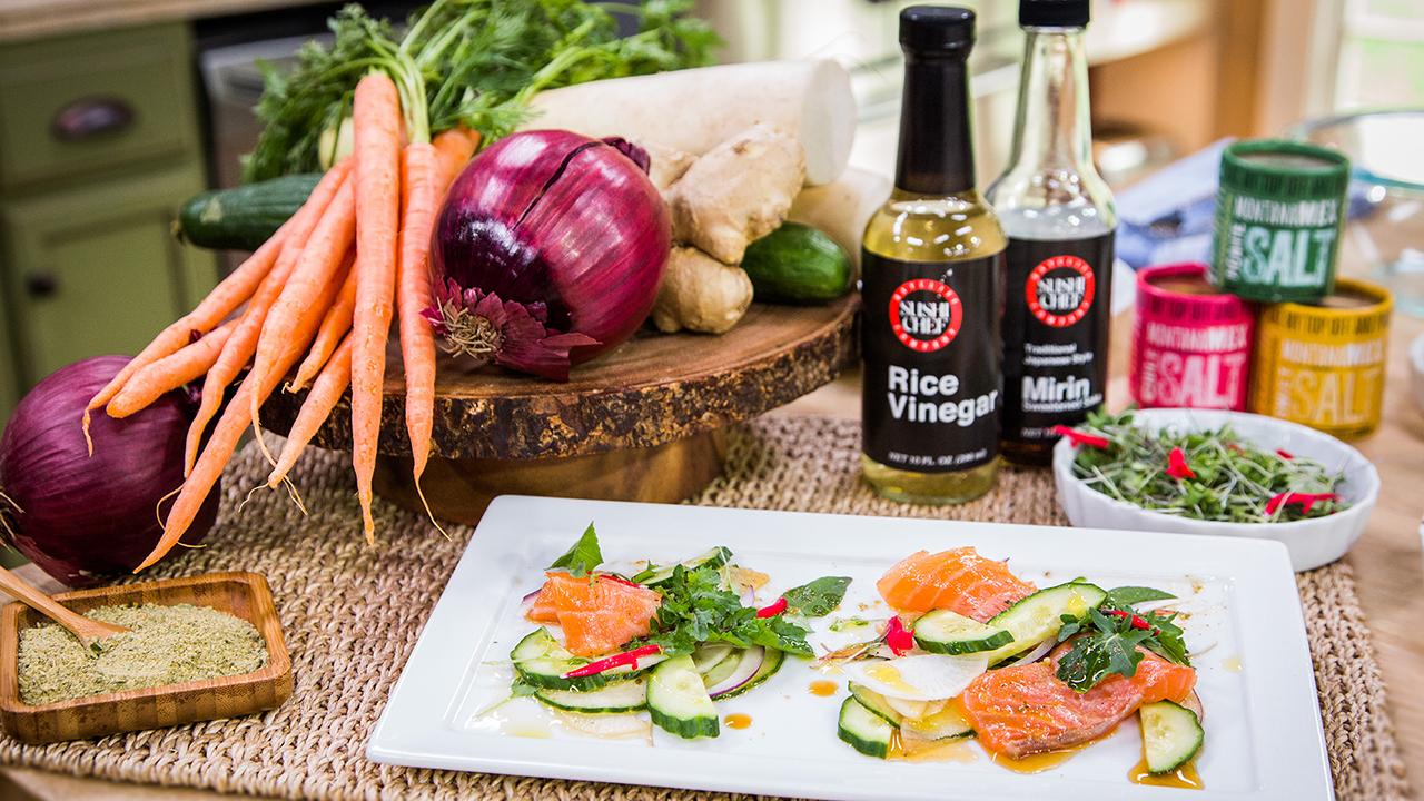 How to Make Picante Salmon Tataki Salad