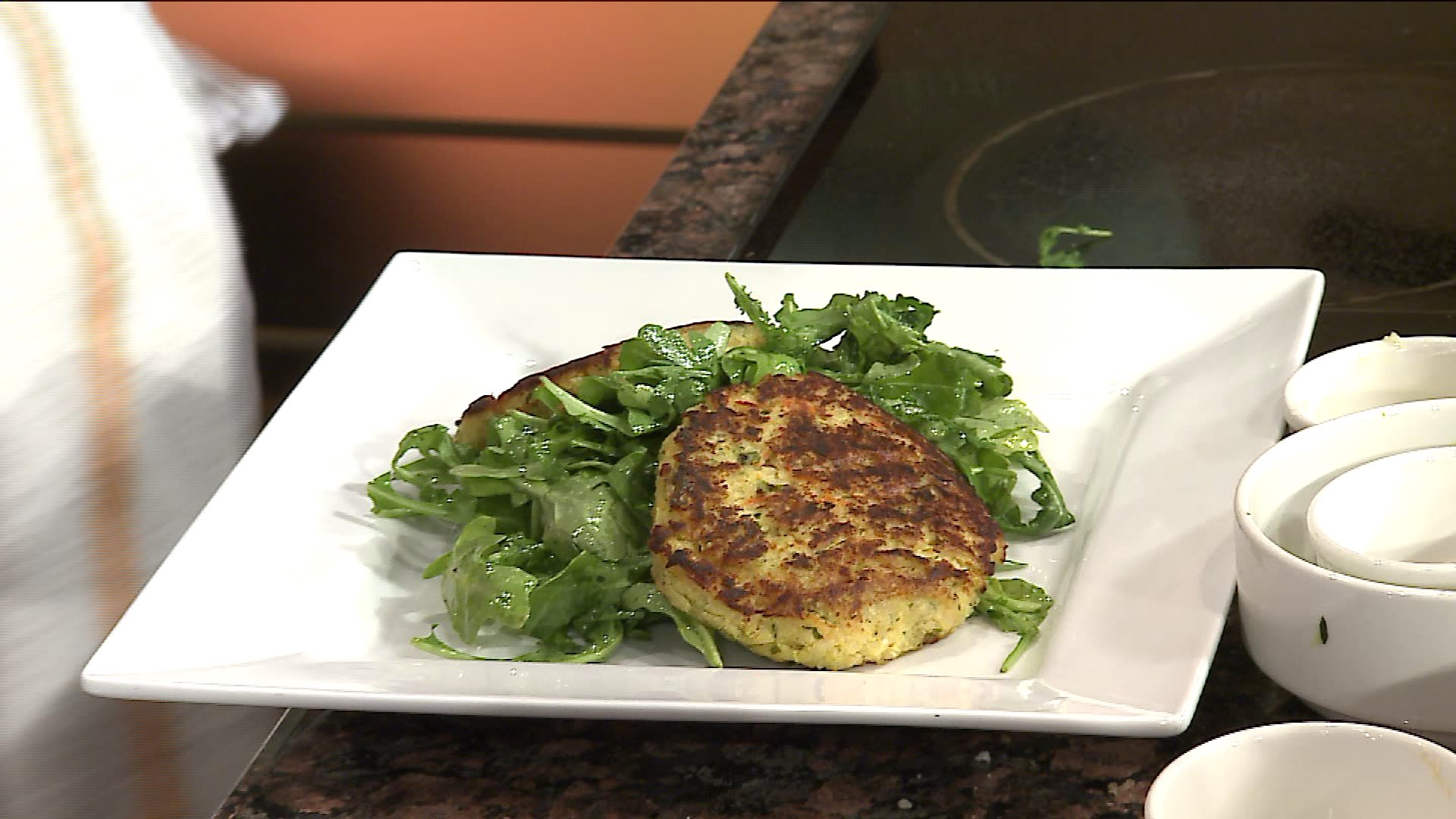 How To Make Healthy, Easy Quinoa & Zucchini Cakes