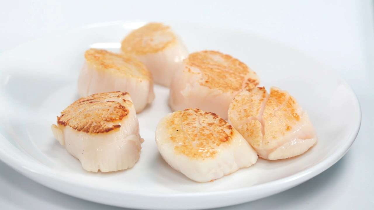 How to Get the Perfect Sear on Scallops