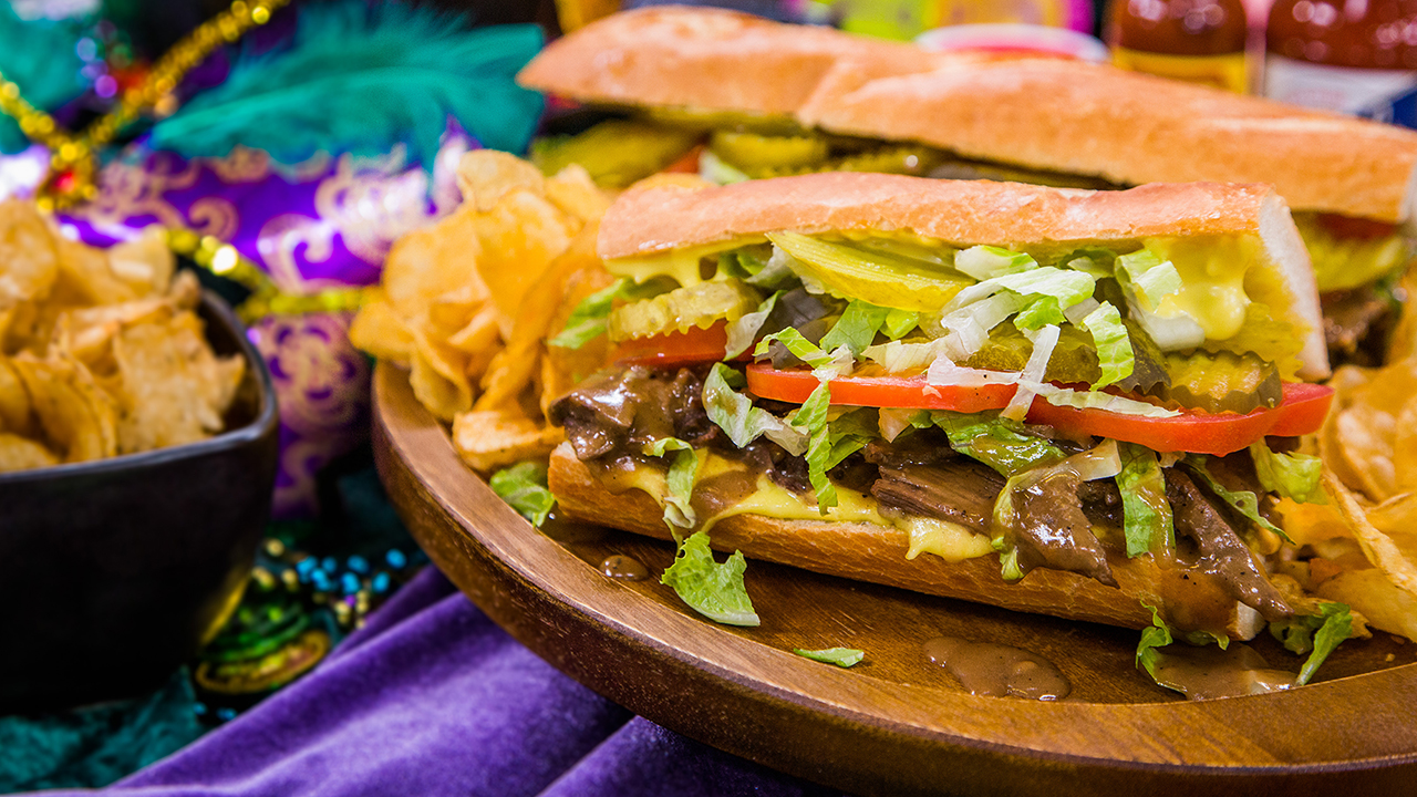 How to Make a Traditional Roast Beef Po Boy