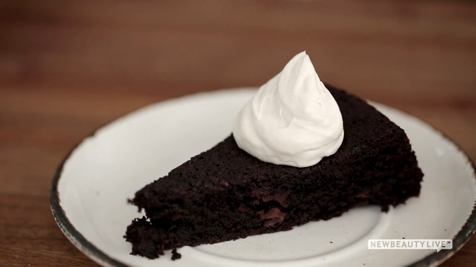 How to Make a Vegan, Gluten-Free Chocolate Cake