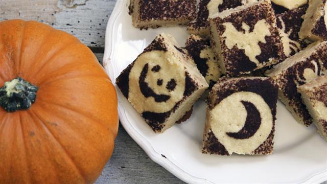 How to Make Halloween Shortbread