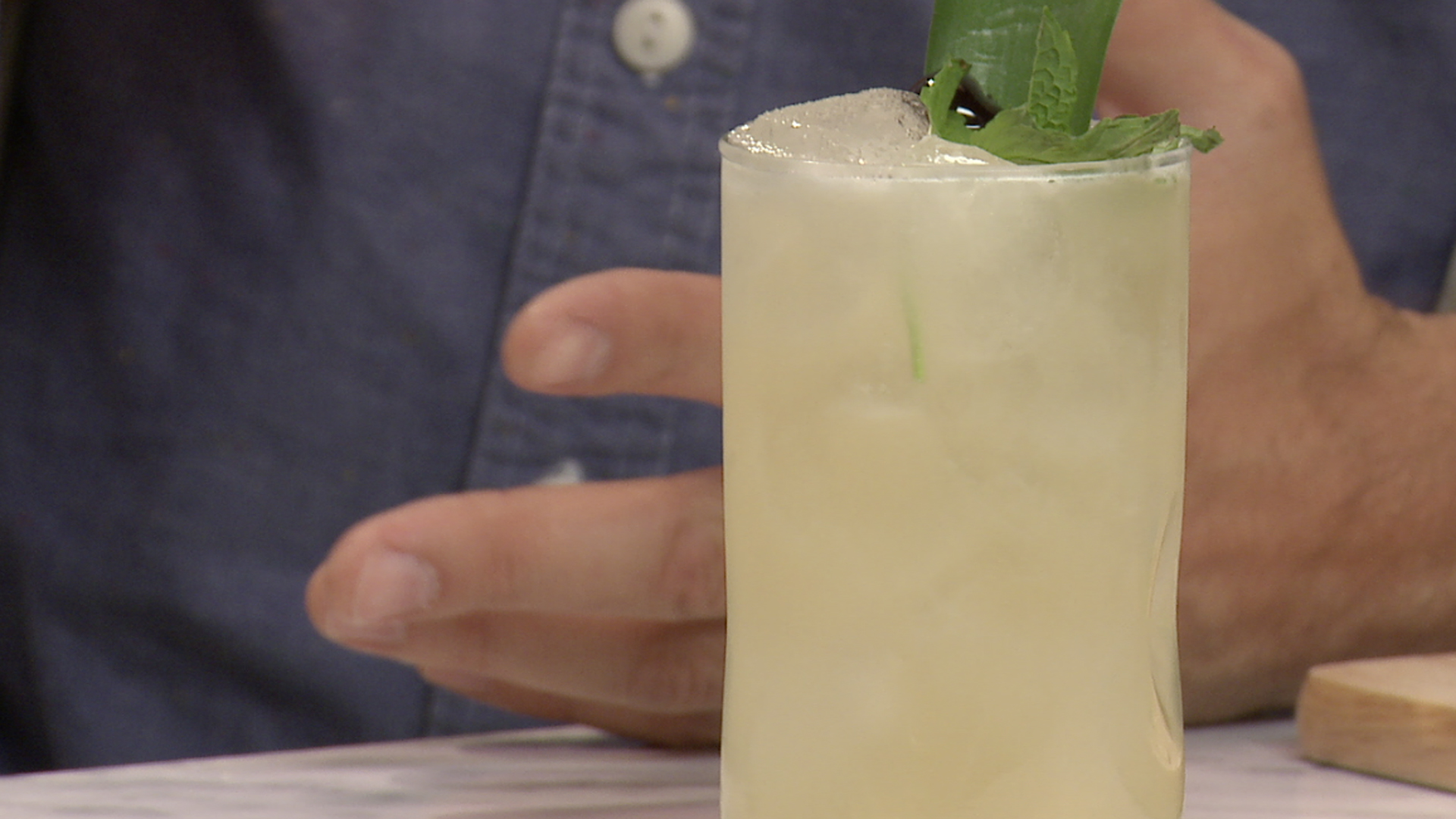 Make a Pisco Punch Cocktail