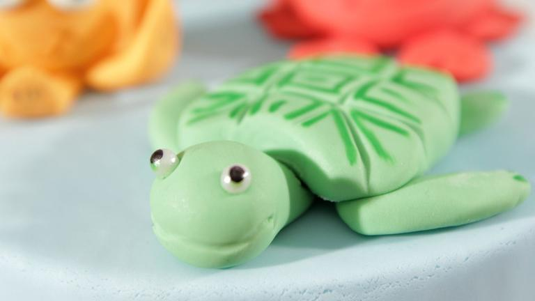 How to Make a Fondant Turtle