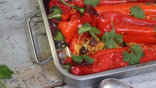 How to Make Peppers Stuffed with Couscous