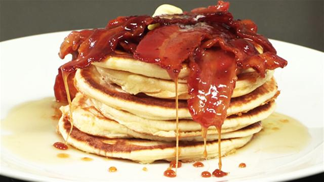 How to Make Breakfast Pancakes