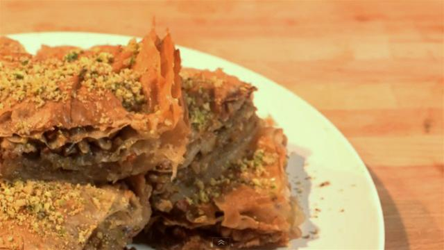 How to Make Homemade Pistachio Baklava