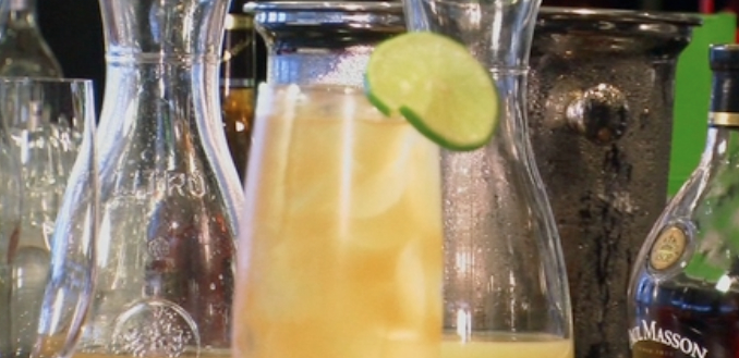 How to Mix a Paul Masson French 75 Cocktail