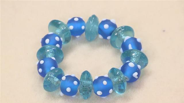 How to Make Glass Bead Bracelets
