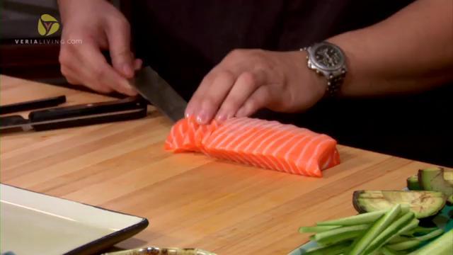 How to Make Salmon and Yellowtail Sashimi