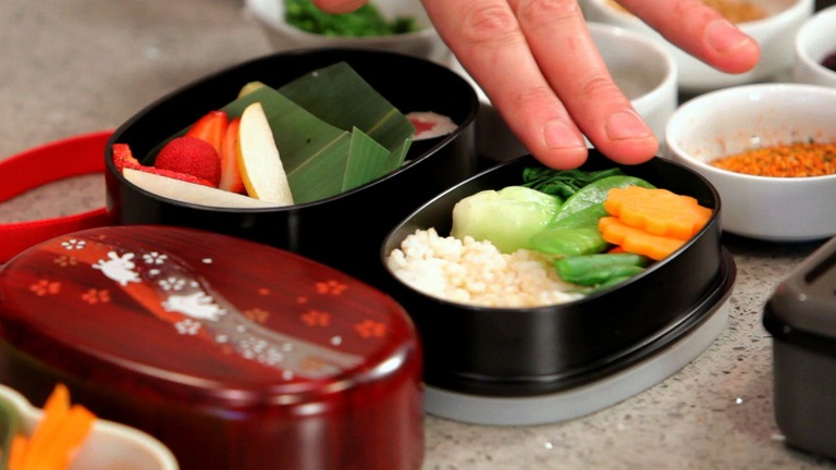 How to Choose a Japanese Bento Box