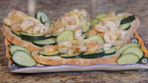 How to Make Tartines with Shrimp and Cucumber