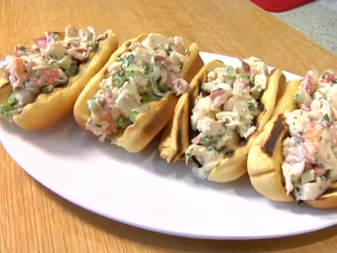 How to Make Ditch Plains Lobster Rolls