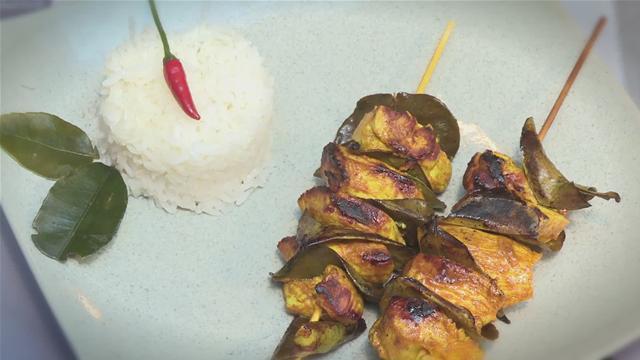 How to Make Tumeric Marinated Chicken