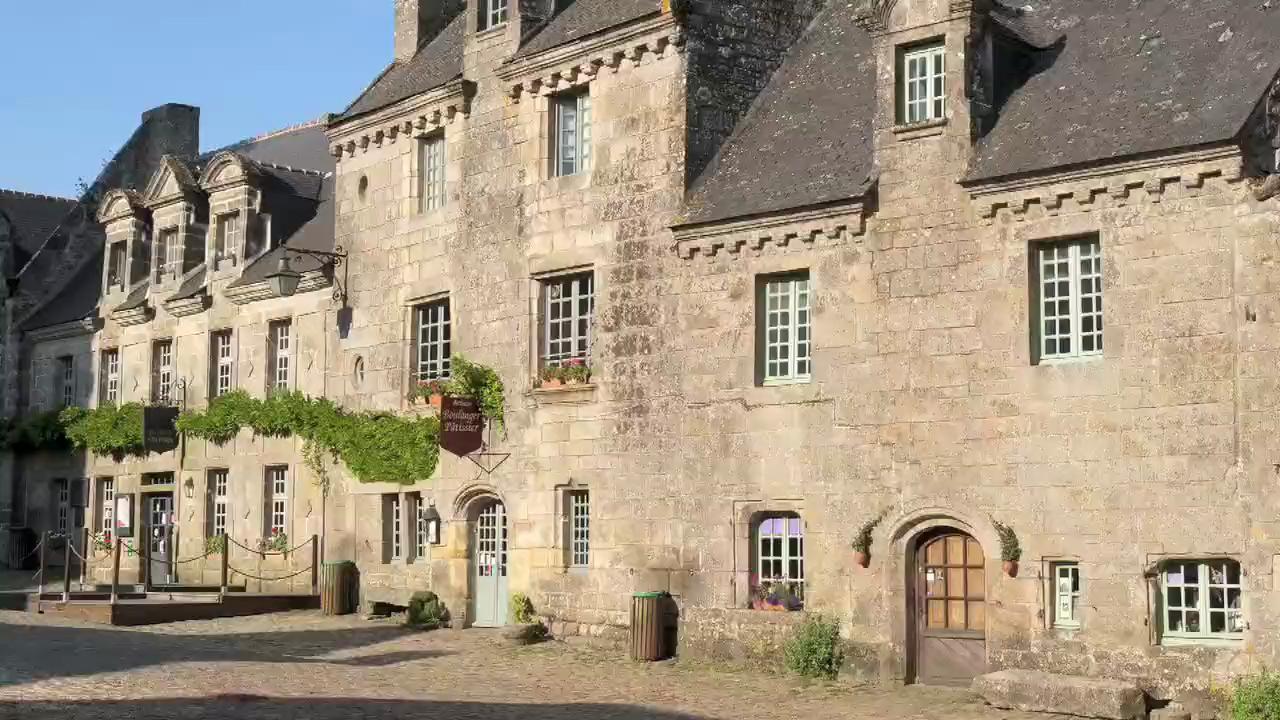 Visit Locronan in France