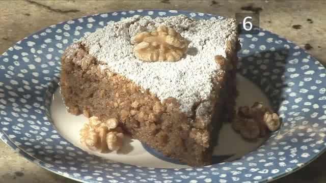 How to Bake French Perigordine Walnut Cake
