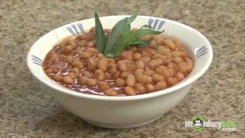 Smokey Balsamic Baked Beans