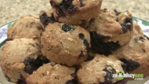 Quick and Easy Honey Oatmeal Muffins with Blueberries