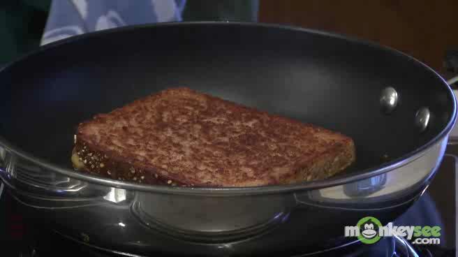 How to Make Grilled Sandwiches - Rueben