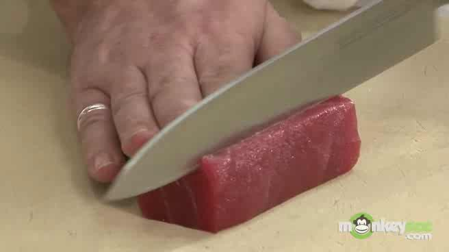 Learn how to Make a Tuna Tartar Appetizer