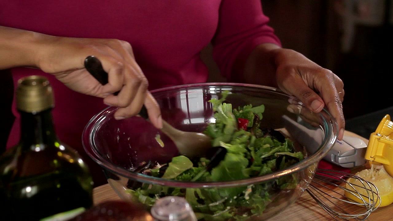 Lemon Garlic Salad Dressing Recipe