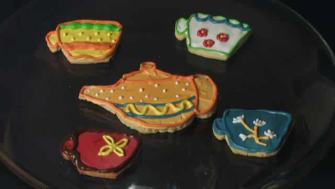 How to Decorate Cookies for a Child's Tea Party
