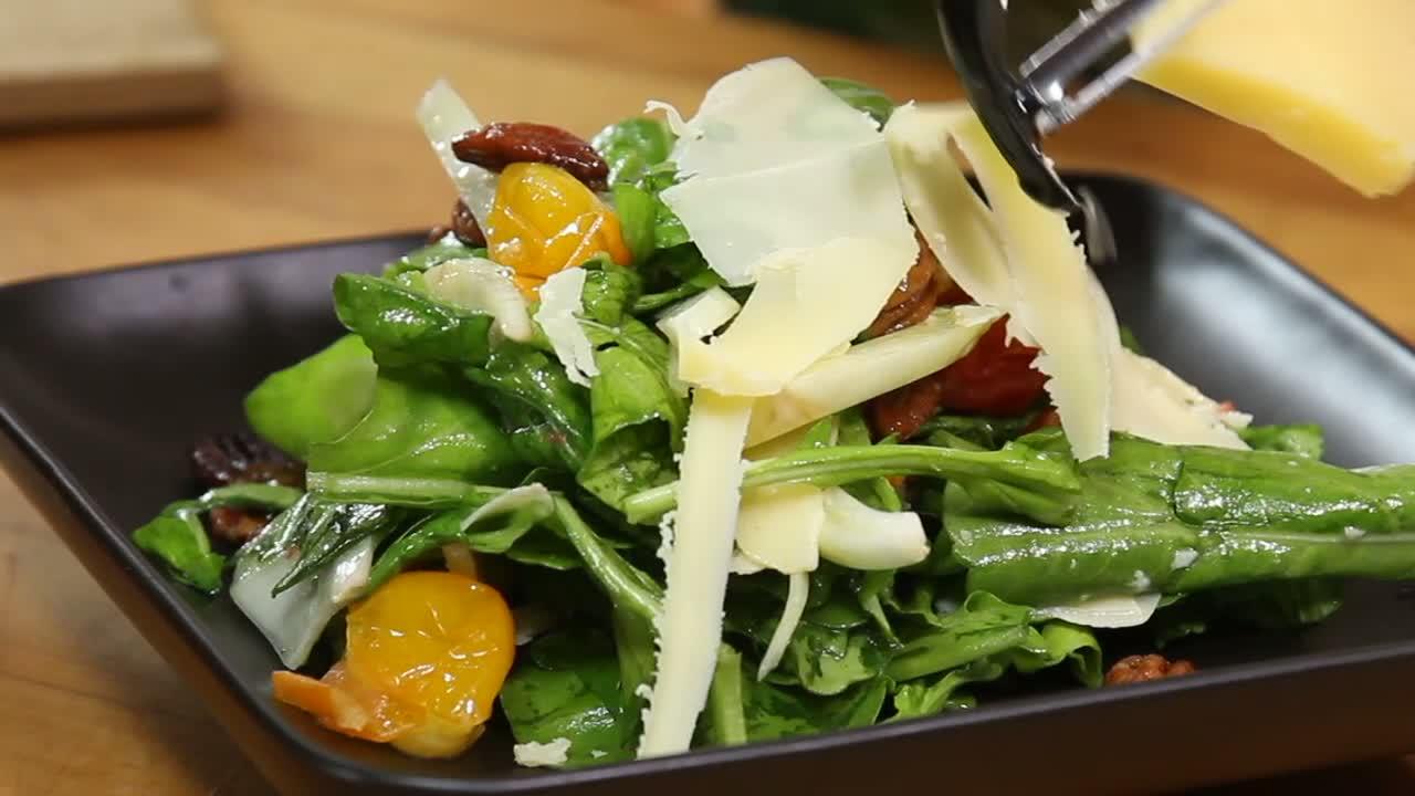 How to Make Coolea Arugula Salad