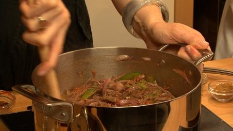How to Make Ropa Vieja Part 1/2