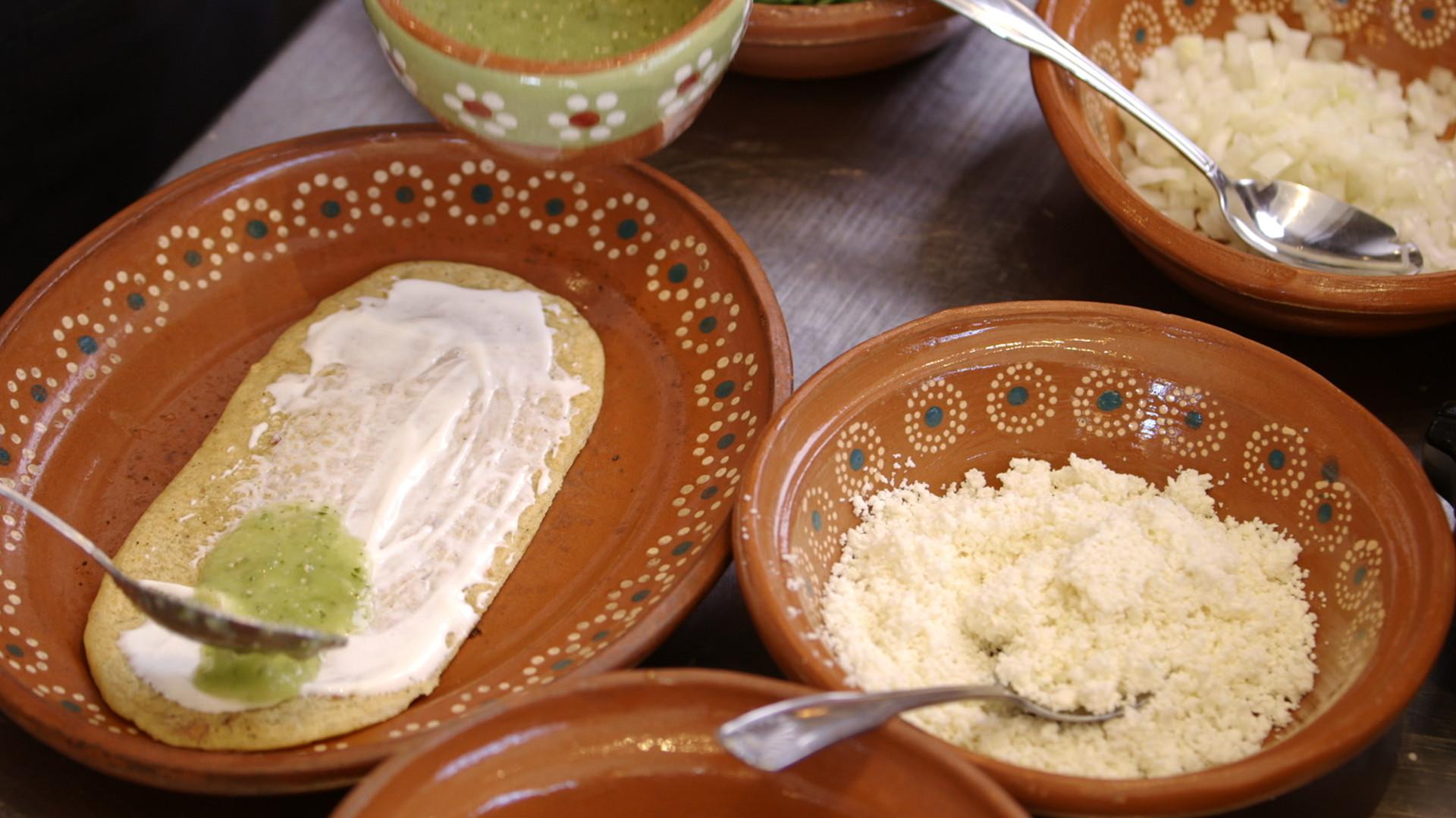 How to Make Chef Veronica Salazar's Huaraches