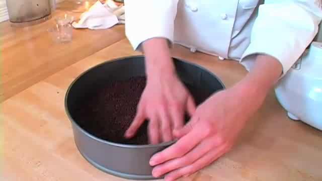 How to Make Raw Chocolate-Pecan Crust