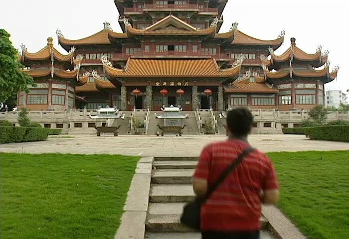 Visit the Xi Chan Temple in Fuzhou