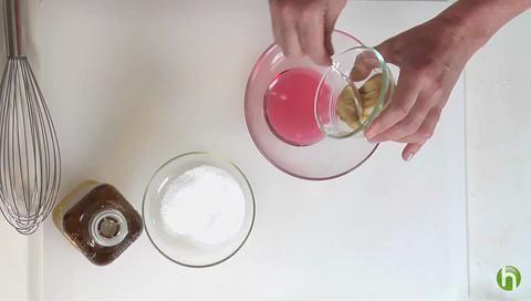 How to Make the Perfect Vinaigrette