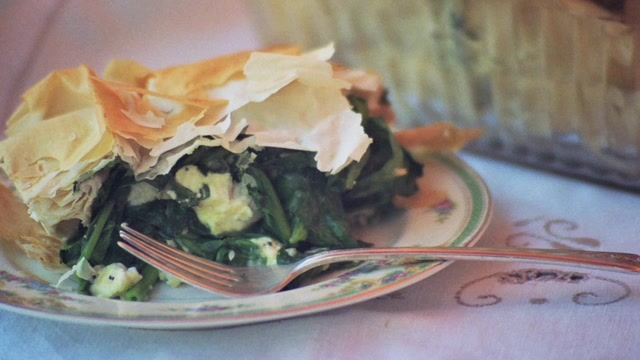 How to Make a Magnificent Spinach Pie