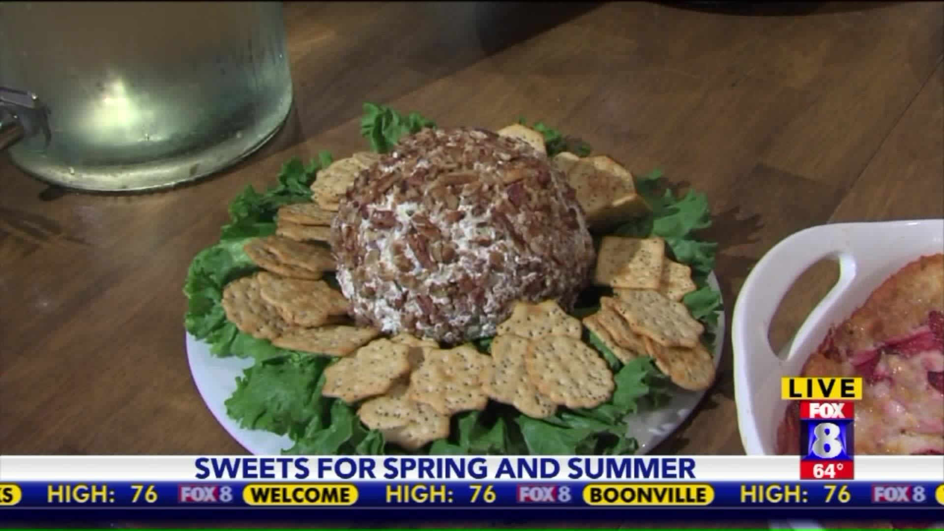 How to Make a Pineapple Cheese Ball