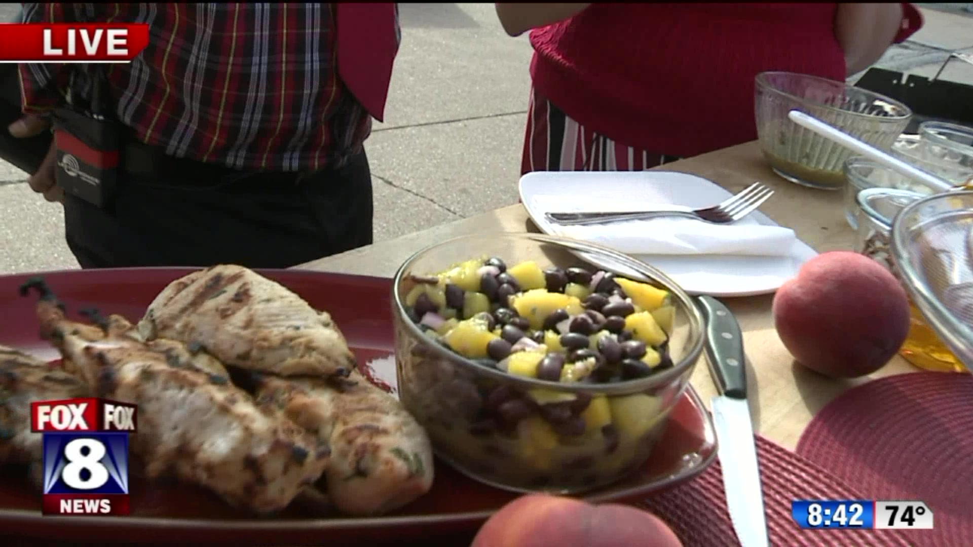 How to Make Cuban Chicken With Black Bean and Mango Salsa
