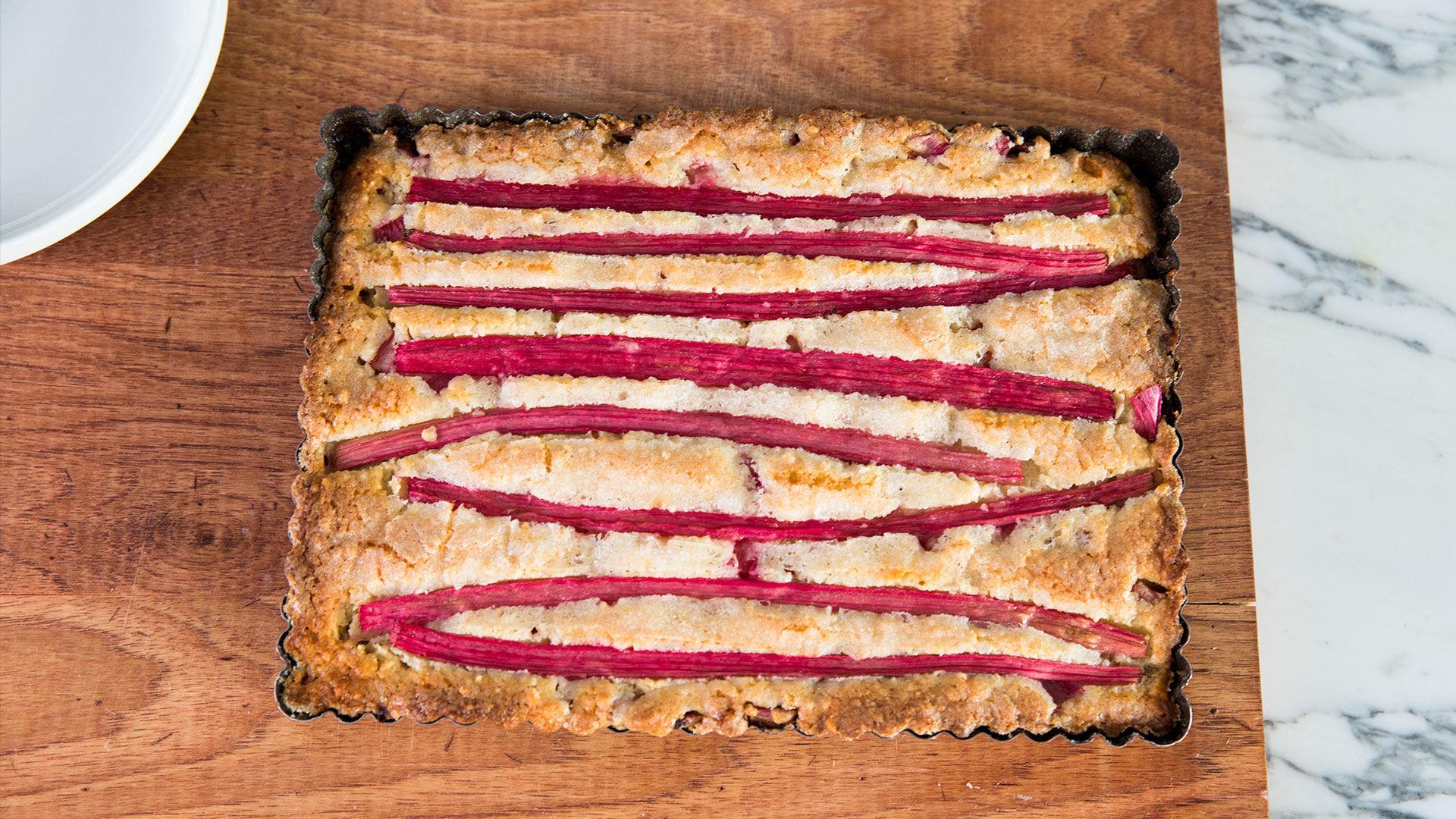 Rhubarb-Almond Cake Recipe for Easter