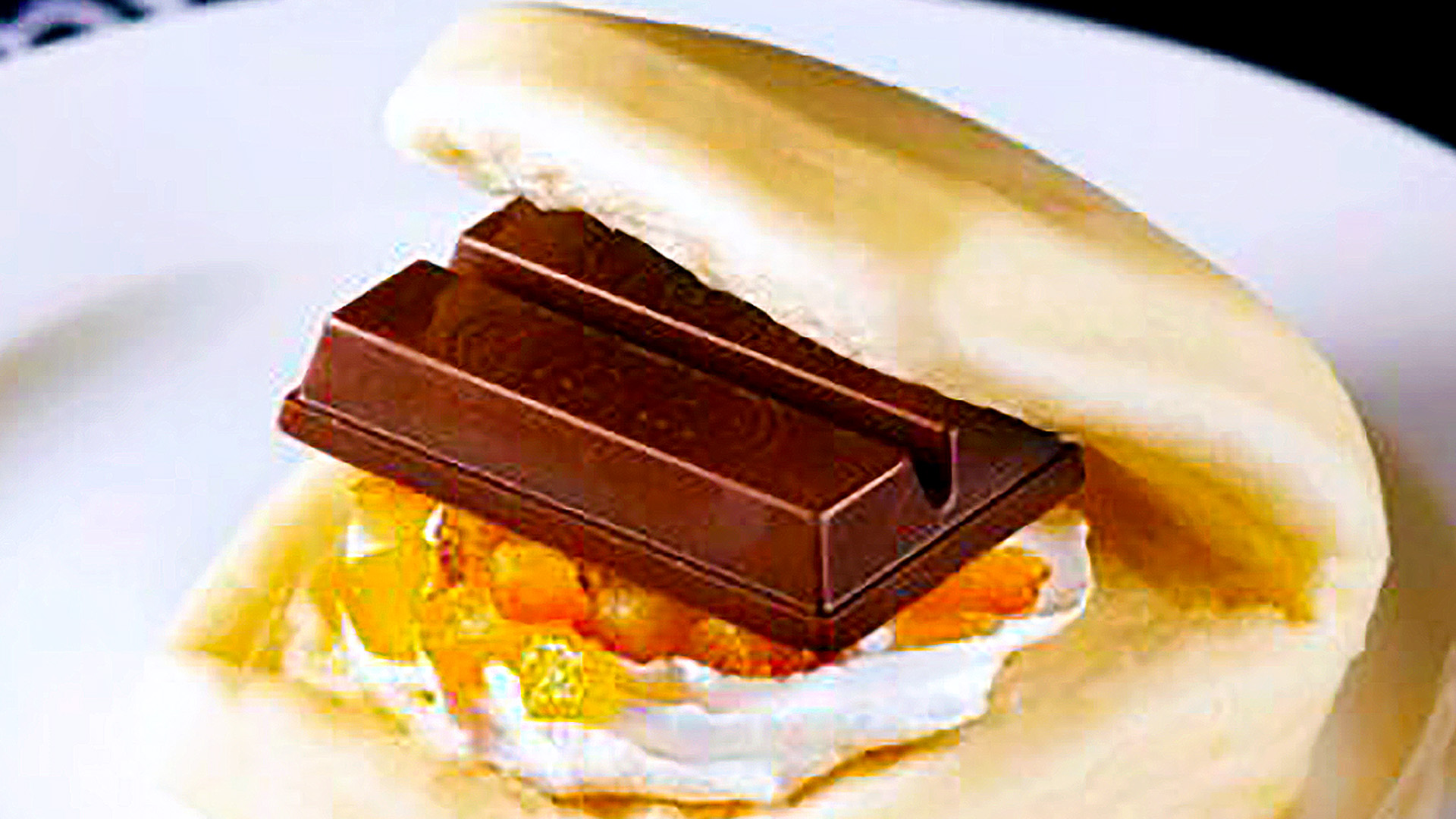 Kit Kat Sandwich Released in Japanese Fast Food Chain, First Kitchen