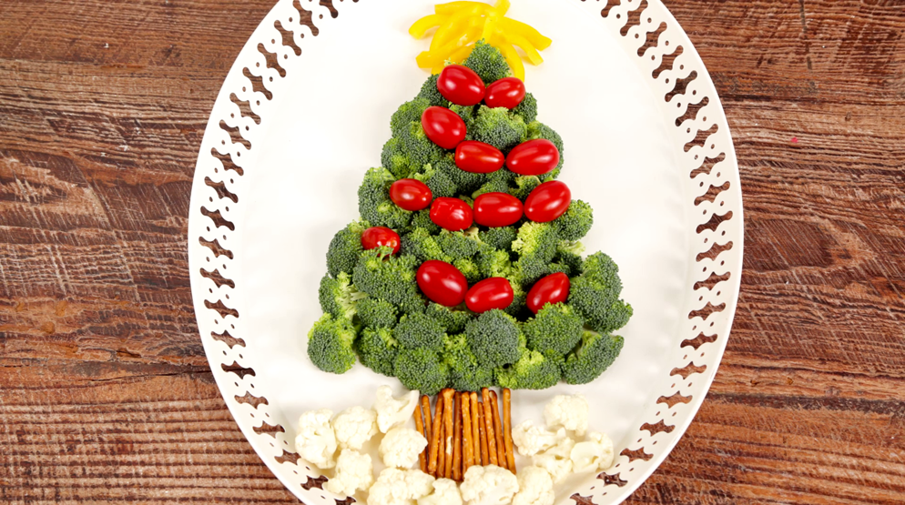 How to Make a Christmas Tree Appetizer Platter