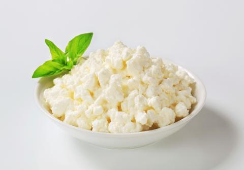 Snacks Under 50 Calories: For The Cheese Whizzes