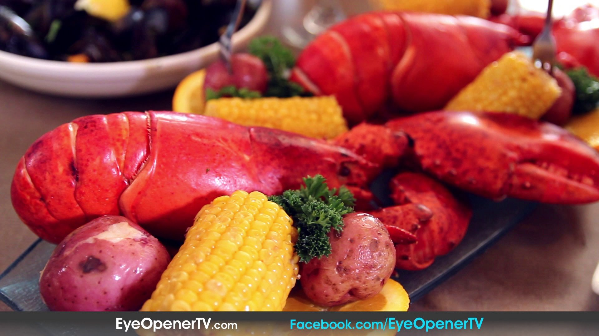 How to Make An Authentic Lobster Bake