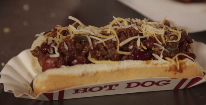How to Make Sonic Chili Hot Dogs
