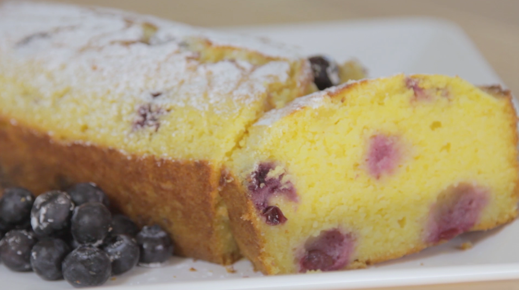 How to Make a Gluten Free Blueberry and Lemon Loaf