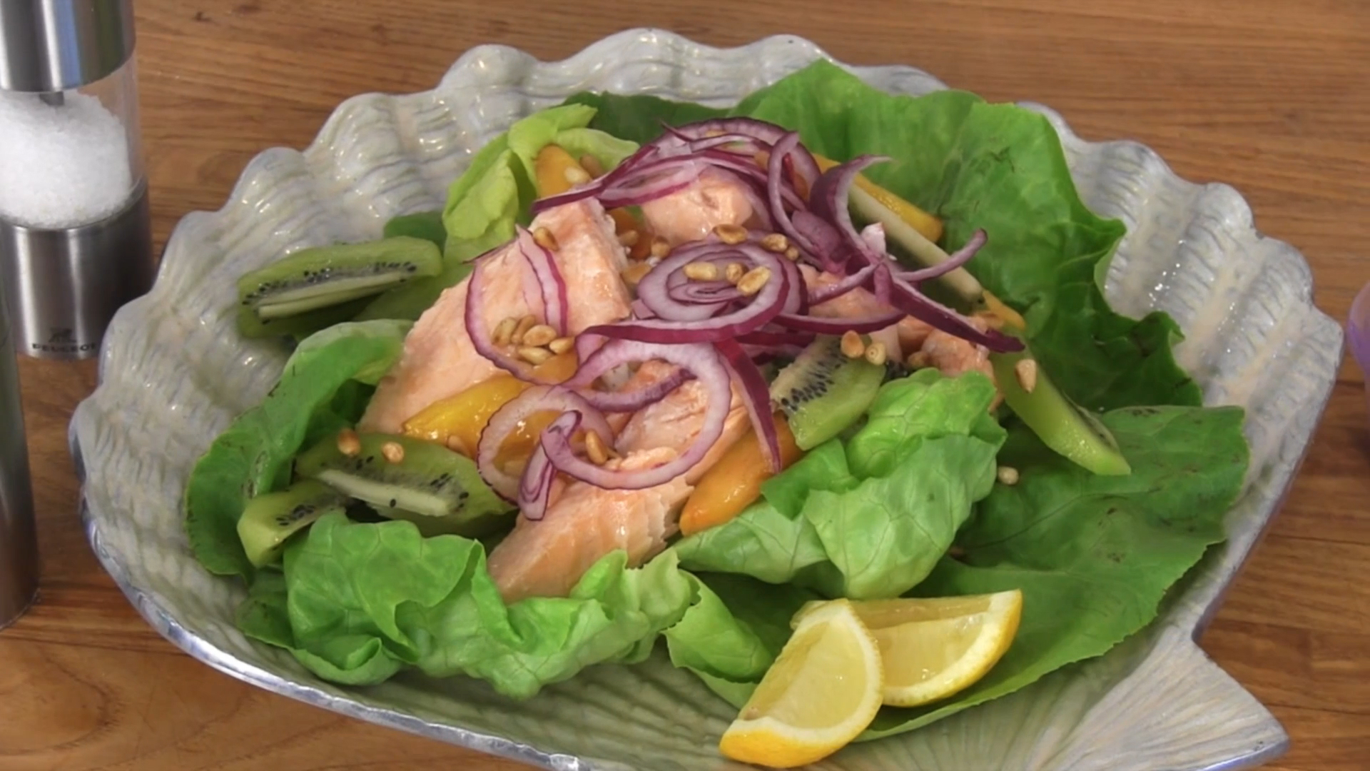 How to Make a Salmon Salad