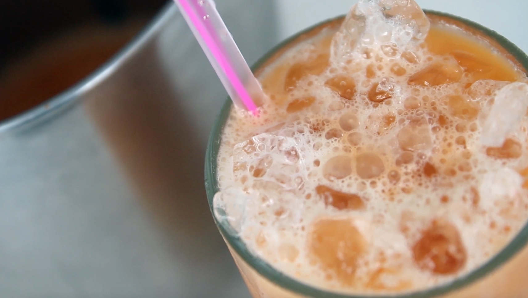 How to Make Authentic Thai Iced Tea